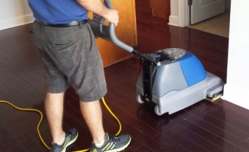 hardfloor-cleaning